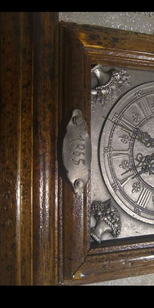 Antique looking shelf clock has 1865 plate on front. Clock will works and runs off one AA battery. for Sale in Lacey, WA