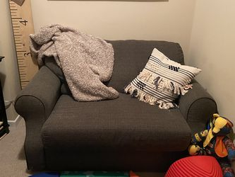 Loveseat Sleeper Couch for Sale in Chicago,  IL