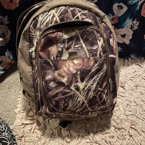 Camo Backpack for Sale in Fuquay-Varina, NC
