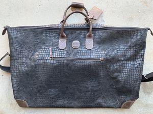 Brics duffle bag for Sale in Los Angeles, CA