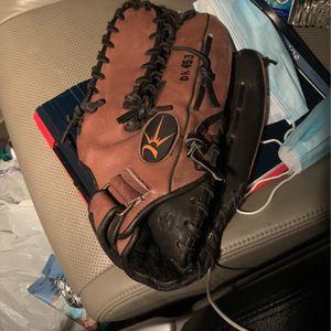 NICE Leather Softball Glove for Sale in Renton, WA