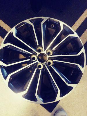 Stock toyota 17 inch rim for Sale in Fresno, CA