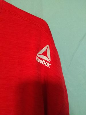 REEBOK T SHIRT FOR MEN SIZE XXL. for Sale in Tustin, CA