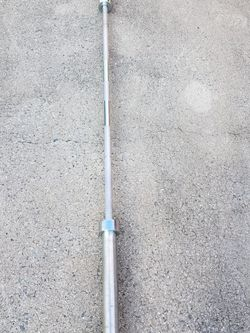 Olympic Barbell 7' 45lbs (Fits 2 In. Weight Plates) for Sale in Alpharetta,  GA