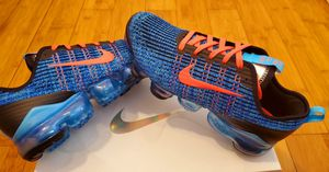 Nike Air Vapormax size 7y for youths, fits size 8.5 in women. for Sale in Lynwood, CA