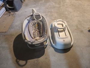 Infant rocker for Sale in Pleasant Hill, IA