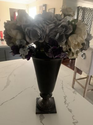 High End METAL VASE with flowers Z Gallery $10 for Sale in Glendora, CA