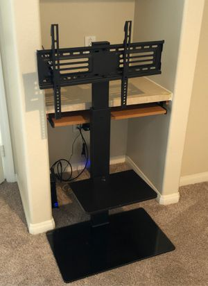 Tv stand holds up to 60 inches for Sale in Redlands, CA