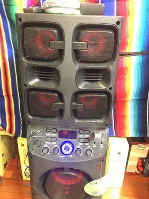 Rechargeable Bluetooth speaker with karaoke for Sale in Nashville, TN