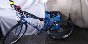 CANNONDALE MOUNTAIN BIKE USED for Sale in Oakland, CA