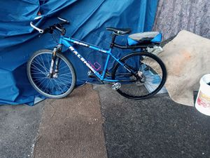 Raleigh Mountain competition bike m700 for Sale in Seattle, WA