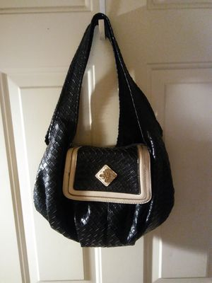 Simply Vera Wang black hobo bag for Sale in Obetz, OH