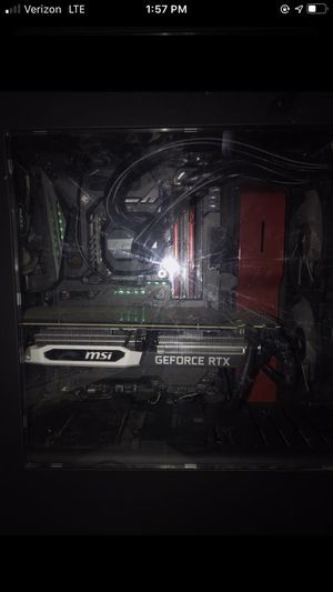 Old mid tier gaming pc+ setup for Sale in Saint Johns, MI