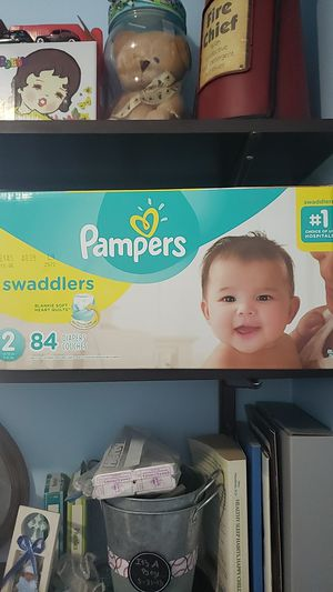 Pampers Swaddlers Size 2 84 count for Sale in Los Angeles, CA