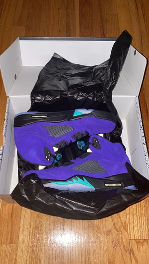 "Air Jordan 5 Retro ""Alternative Grape"" Size 11 for Sale in Winthrop, MA"