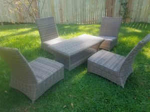 Outdoor patio furniture for Sale in Conyers, GA