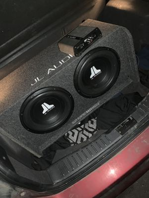 JL Audio 12 in. With amp for Sale in Lakewood, CO