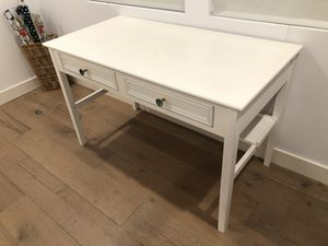 Charming white wood desk for Sale in Los Angeles, CA