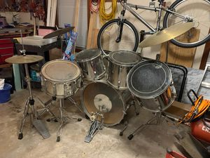 Pearl World Series drum set Ludwig snare for Sale in Windsor, CT