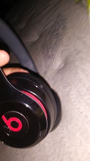 Red an black beats headphones bluetooth for Sale in Austin, TX