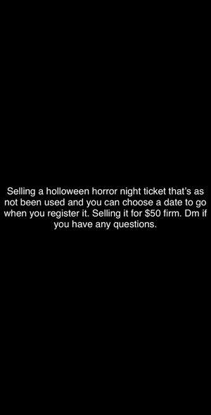Halloween horror nights ticket for Sale in Hawaiian Gardens, CA