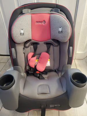 Safety 1st Grow and Go Convertible Car Seat for Sale in Phoenix, AZ