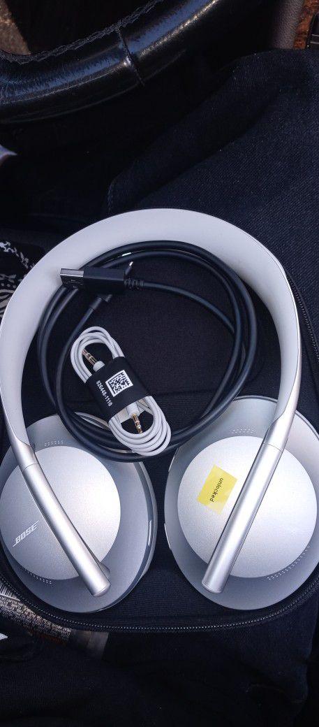 New Bose No Sound Headphones