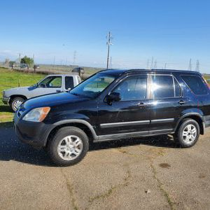 2005 Honda CRV Clean Title 2021 tags 120k for Sale in Sacramento, CA