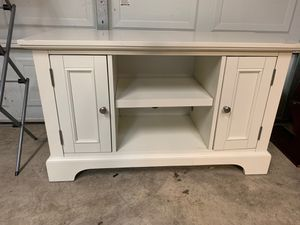 TV Stand (Wayfair) for Sale in Franklin Park, IL