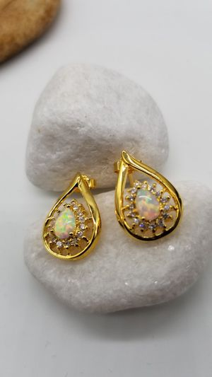 Lab Created, Opal Earrings. for Sale in Escondido, CA