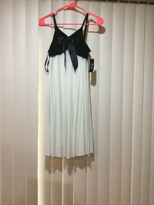 Party dress for any occasions for Sale in Chantilly, VA
