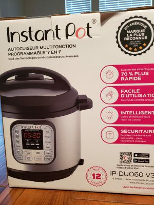 Instant pot 6 qt, 4 to 5 months old for Sale in Allen, TX