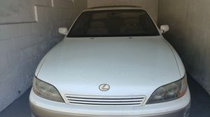 1996 Lexus ES 300 Needs Engine Repairs for Sale in West Los Angeles, CA
