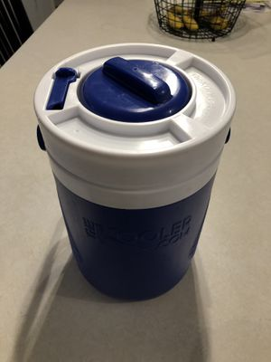 "The Kooler-Workout Cooler-Shaker Cups holder originally seen on the show ""Shark Tank"" for Sale in Doubs, MD"