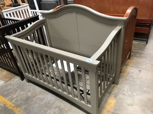 Baby cribs (cheap) $200 for Sale in Orlando, FL