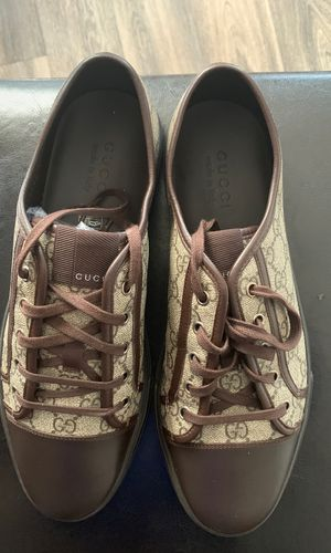Gucci Sneakers shoes 10.5 G 11G Pre-Owned for Sale in Gahanna, OH
