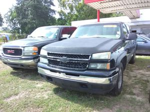Truck Chevy Silverado for Sale in Baton Rouge, LA