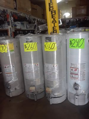 water heater 40 galones 1 ano de garantia for Sale in Los Angeles, CA