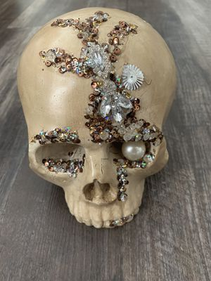 Pier 1 Bejeweled HALLOWEEN Skull - NWT for Sale in Corona, CA