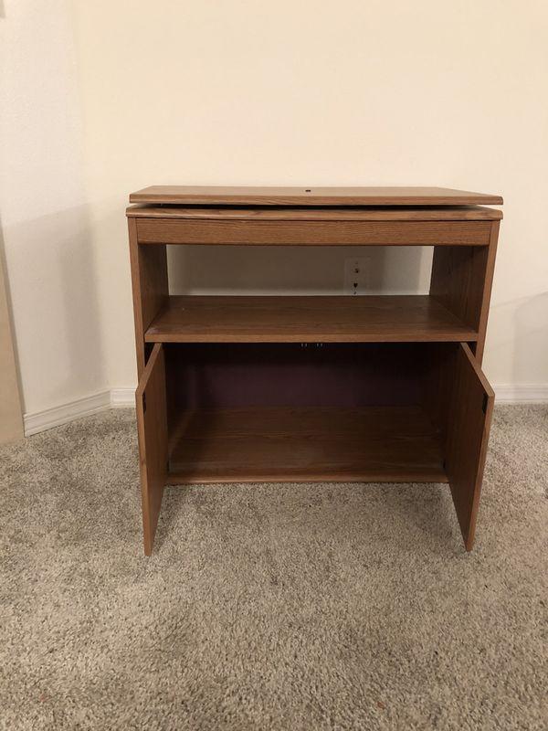 Swivel TV stand - wood
