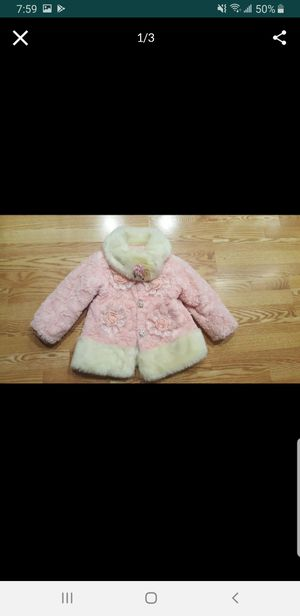 Beautiful girl's winter jacket, size 4/5 for Sale in Kent, WA
