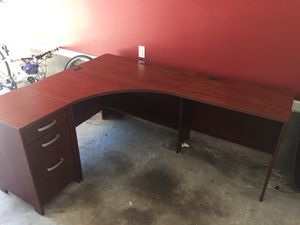 Executive corner desk pieces are moveable for Sale in Atlanta, GA