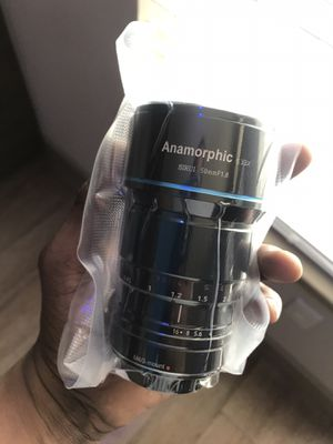 Sirui 35mm f/1.8 Anamorphic 1.33x Lens for Sale in Fort Worth, TX