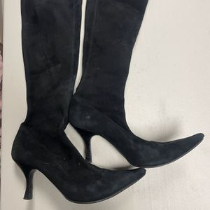 Sergio Rossi black suede boots, size 7.5 for Sale in Middletown, CT