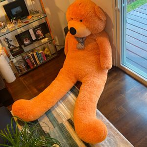 Giant Stuffed Bear for Sale in Merrick, NY