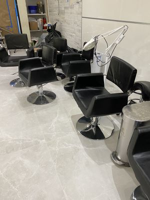 Hairdresser chair 7pcs. $150 each obo for Sale in Miami, FL