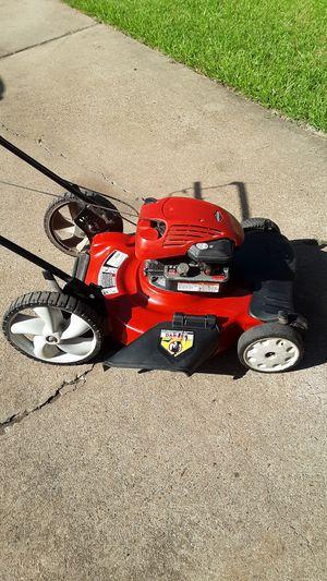 MTD 5.5 hp self propelled Lawn Mower for Sale in Missouri City, TX