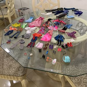 Barbie Doll Clothes And Assesories for Sale in Miami, FL