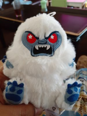 DISNEY PARKS WISHABLES CHASER ABOMINABLE SNOWMAN AP Disneyland 65th *IN HAND for Sale in Westminster, CA