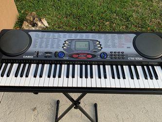 casio keyboard for Sale in Pompano Beach,  FL